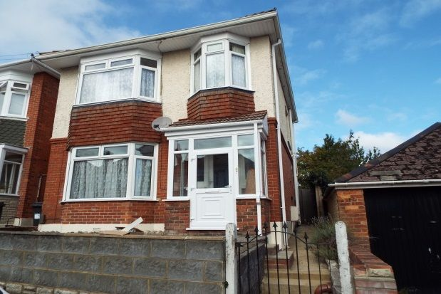 Thumbnail Property to rent in Redbreast Road, Bournemouth