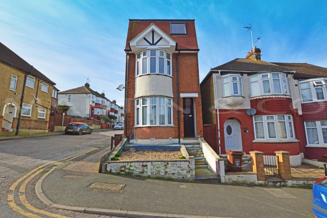 1 bed flat to rent in Camden Road, Gillingham ME7