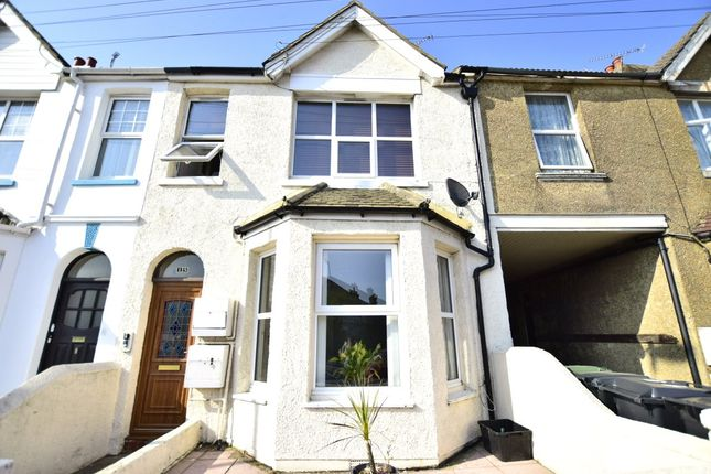 Picture No. 13 of King Offa Way, Bexhill-On-Sea, East Sussex TN40