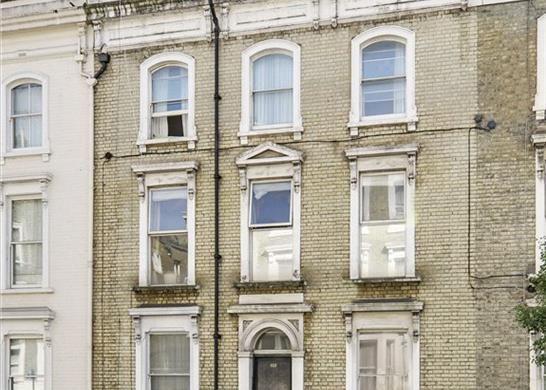 Flat for sale in Finborough Road, Chelsea, London