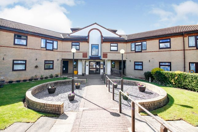 1 bed property for sale in Flintergill Court, Heelands, Milton Keynes MK13