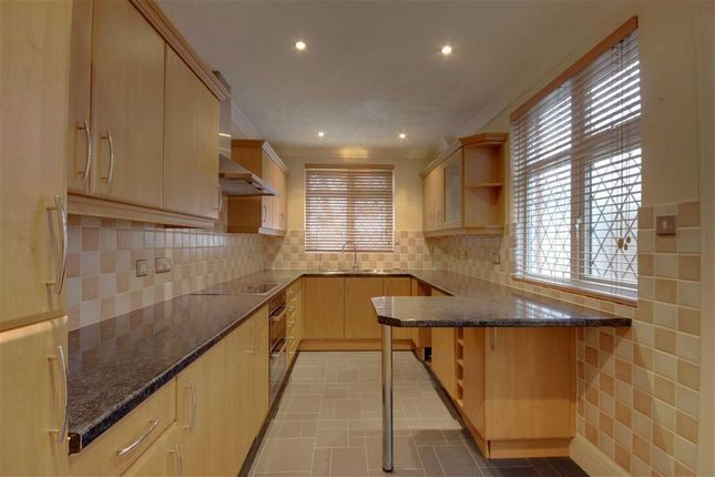 Modern Kitchen of George V Avenue, West Worthing, West Sussex BN11