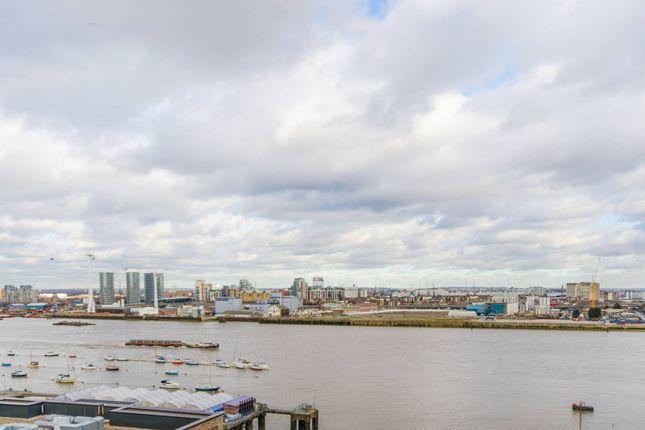 Thumbnail Flat to rent in City Peninsula, Greenwich, London