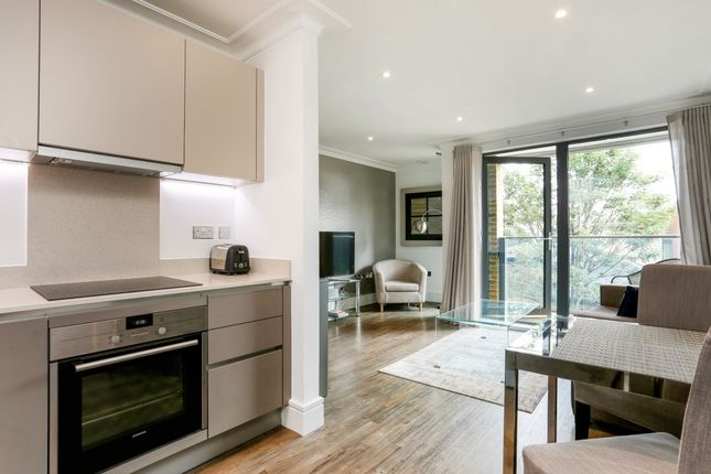 Thumbnail Flat to rent in Acre Passage, Windsor