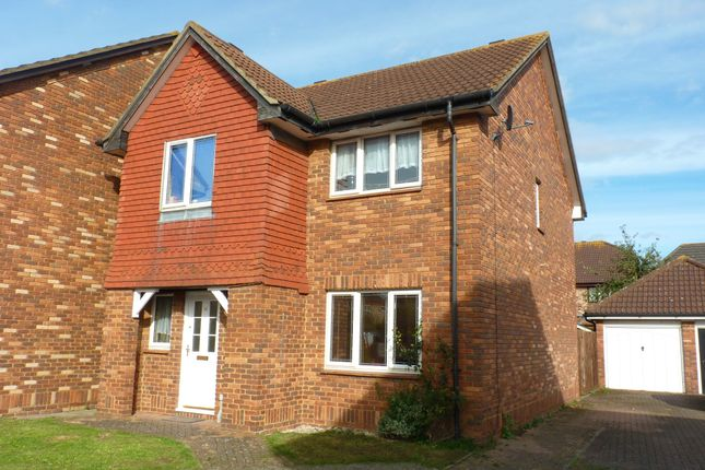 Thumbnail Detached house for sale in Starling Close, Sandy