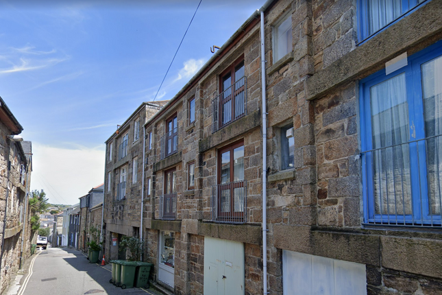 Maisonette to rent in Bread Street, Penzance