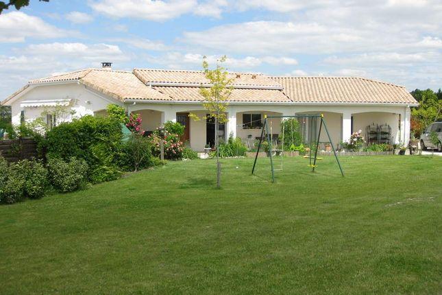 Thumbnail Bungalow for sale in 24320, Ribérac, Périgueux, Dordogne, Aquitaine, France
