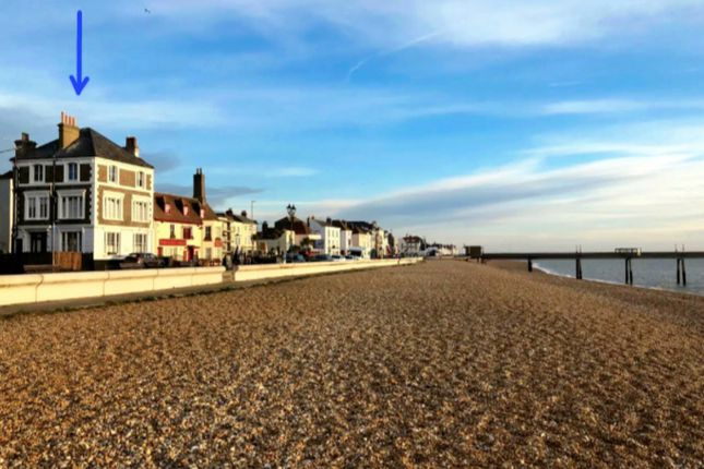 Thumbnail Town house to rent in Beach Street, Deal