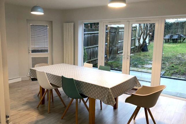 Thumbnail Semi-detached house to rent in Poplar Avenue, Hove, East Sussex