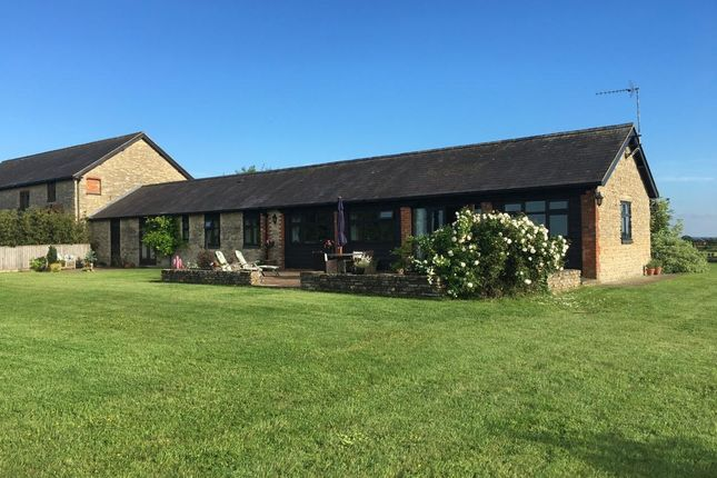 Thumbnail Barn conversion for sale in Tathall End, Hanslope, Milton Keynes
