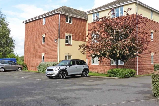 Thumbnail Flat for sale in Meadowbank, Fazeley, Tamworth, Staffordshire