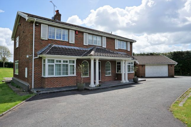 Thumbnail Detached house for sale in 126 Caverswall Road Forsbrook, Stoke-On-Trent