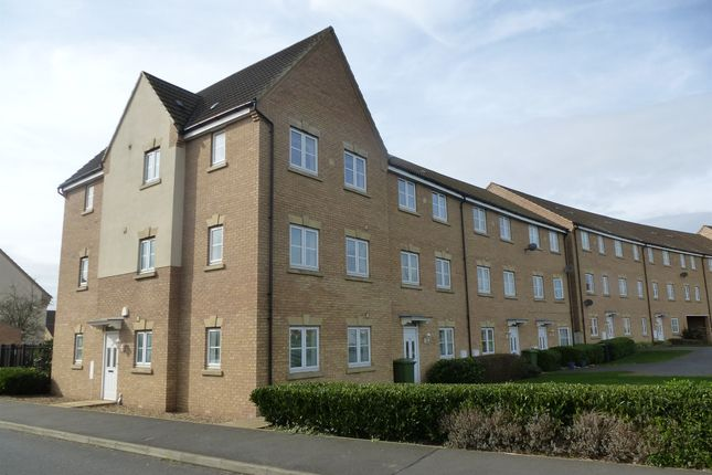 Thumbnail Flat for sale in Hargate Way, Hampton Hargate, Peterborough