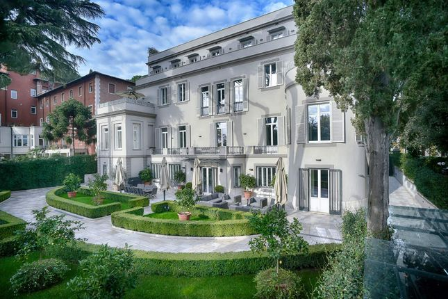 Thumbnail Town house for sale in Via Calandrelli, 00153 Roma Rm, Italy