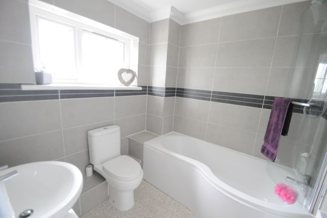 Thumbnail Terraced house for sale in Swinderby Garth, Bransholme, Hull, East Riding Of Yorkshire