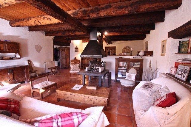 Thumbnail Farmhouse for sale in Provence-Alpes-Côte D'azur, Alpes-De-Haute-Provence, Barcelonnette