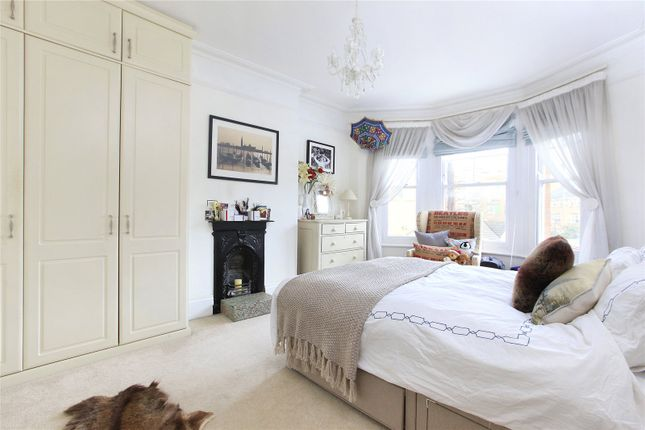 Picture No. 08 of Aristotle Road, London SW4