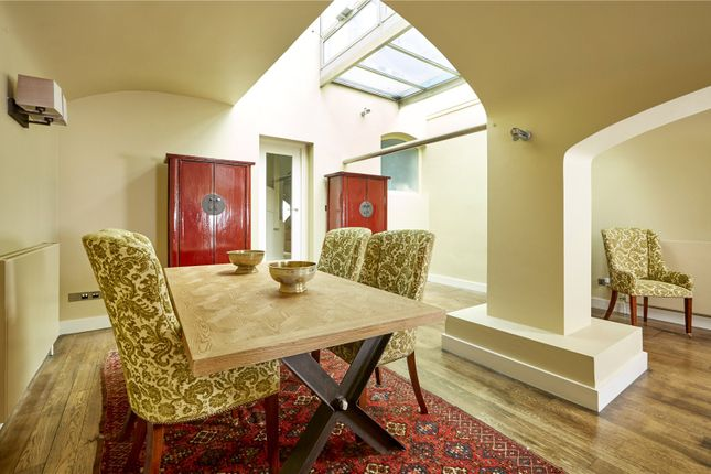 Dining Area of St. John Street, Oxford, Oxfordshire OX1
