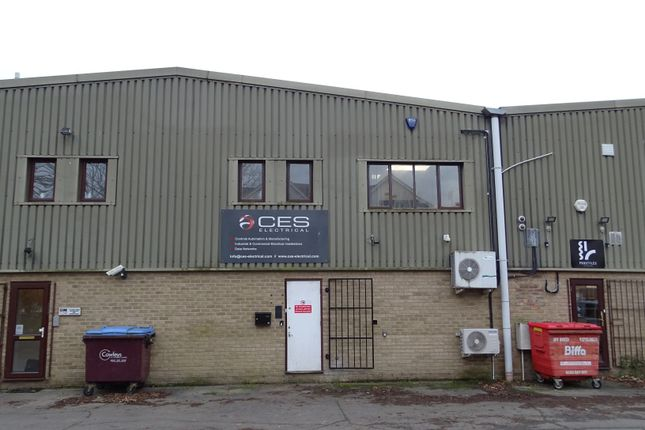 Thumbnail Light industrial to let in Coldharbour Lane, Harpenden