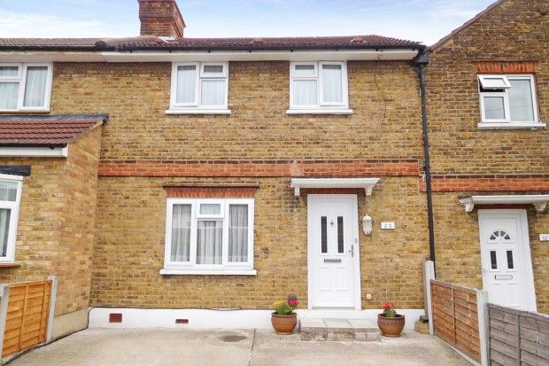 Thumbnail Terraced house for sale in Fairlop Gardens, Ilford, Greater London
