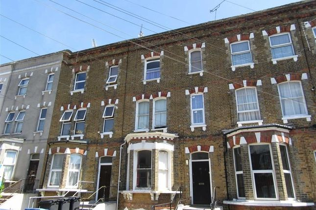 Thumbnail Flat to rent in Crescent Road, Ramsgate