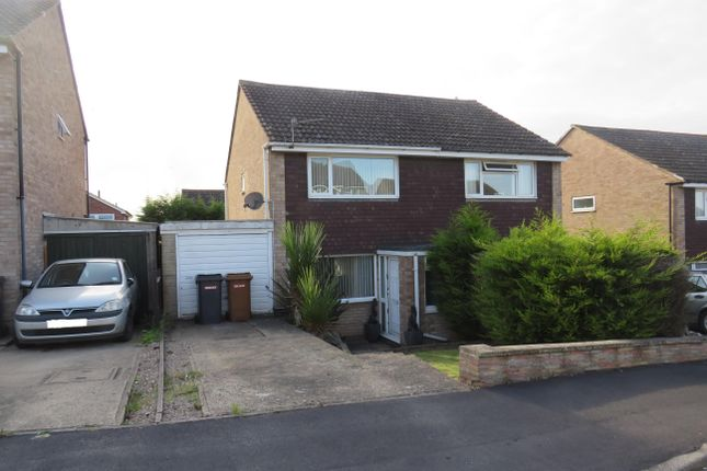 2 bed semi-detached house to rent in Chadwell Close, Melton Mowbray