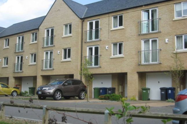 Thumbnail Town house to rent in Skipper Way, Little Paxton, St. Neots