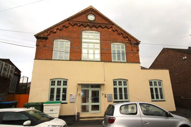 Thumbnail Flat to rent in Market Street, Rugby