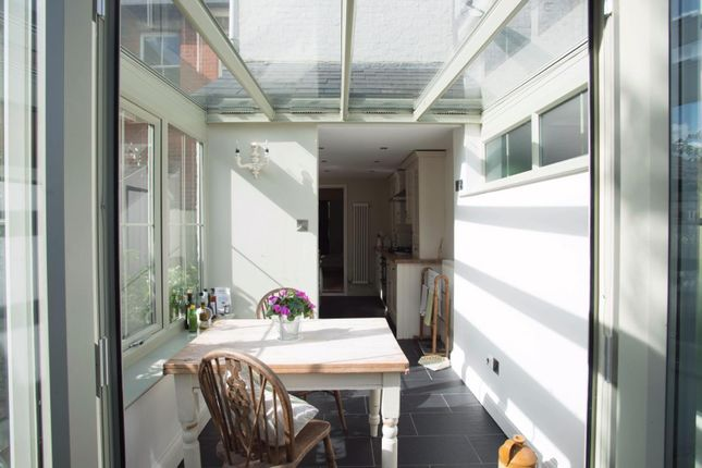 Thumbnail Terraced house for sale in Wellesley Road, Brentwood