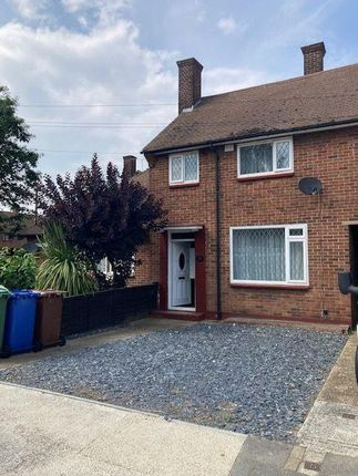 2 bed semi-detached house to rent in Bovey Way, South Ockendon RM15