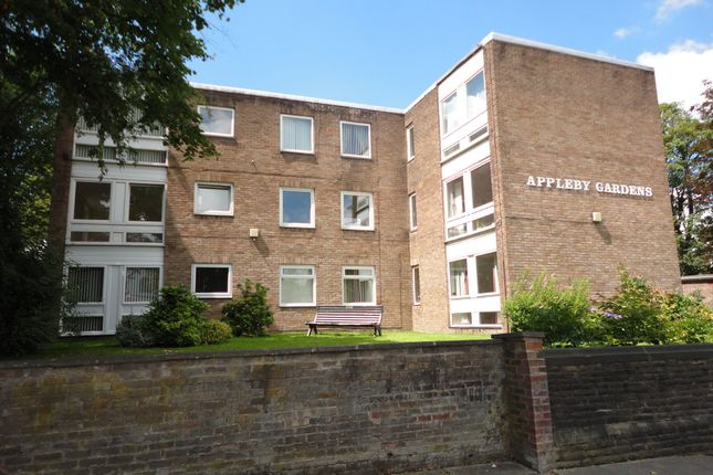 Thumbnail Flat to rent in Appleby Gardens, Manchester Road, Bury