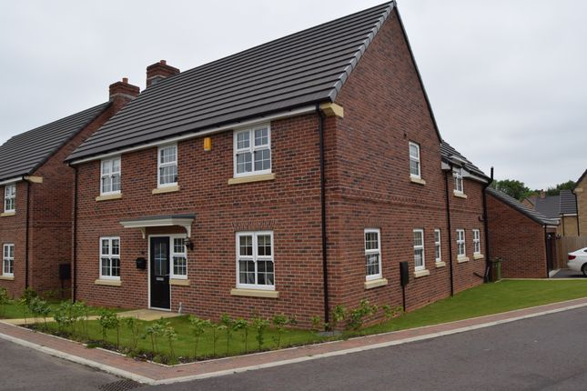 Thumbnail Detached house to rent in Scholars Chase, Wrenthorpe, Wakefield