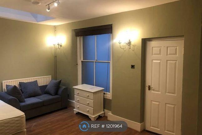 Studio to rent in Clanricarde Gardens, London W2