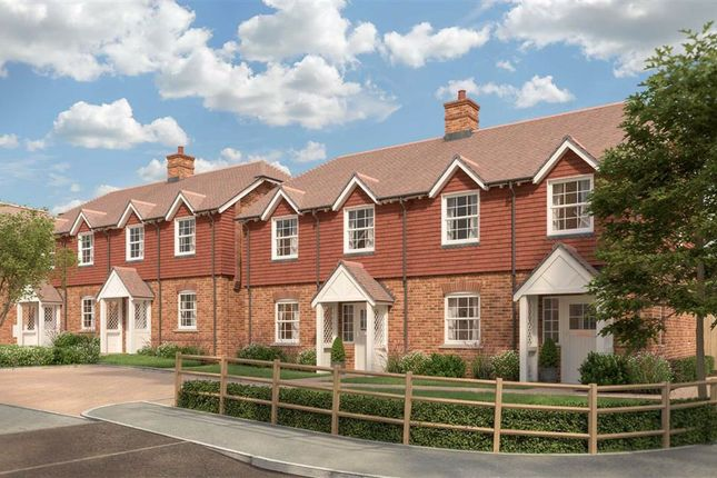 Thumbnail Semi-detached house for sale in Eyhorne Street, Maidstone, Kent