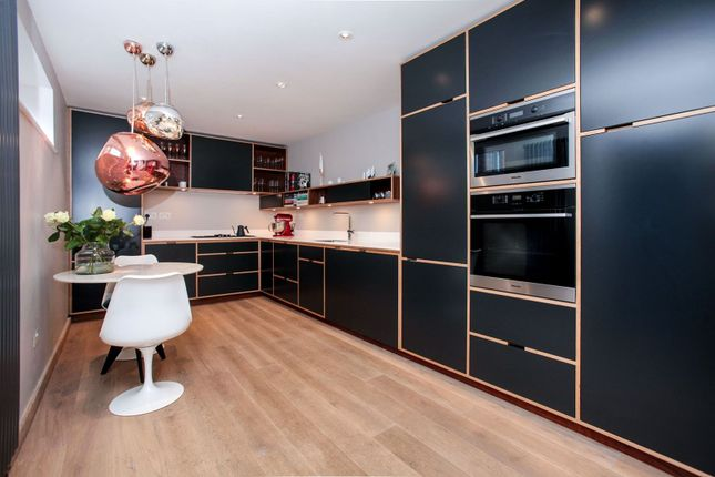 Detached house for sale in 45A Queens Avenue, Winchmore Hill