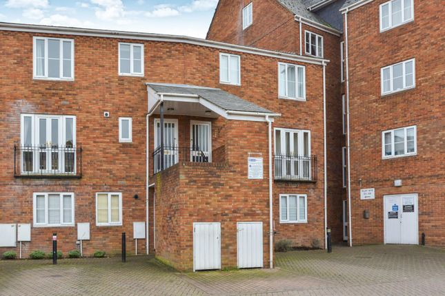 Thumbnail Flat to rent in Sovereigns Quay, Bedford