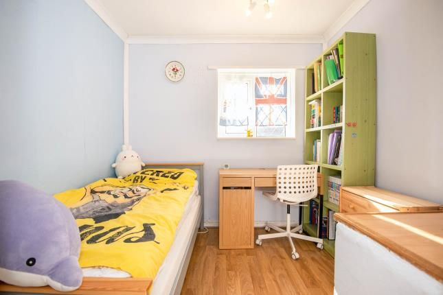 Bedroom 3 of Hereford Way, Chessington KT9