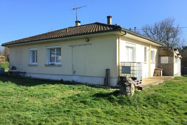 Property for sale in Poitou-Charentes, Charente, Esse