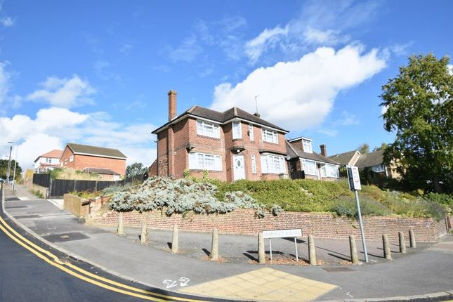 Thumbnail Detached house to rent in Crawley Green Road, Luton