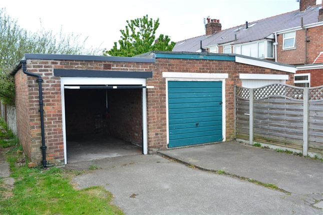 Parking/garage for sale in Ferndale Avenue, South Shore, Blackpool
