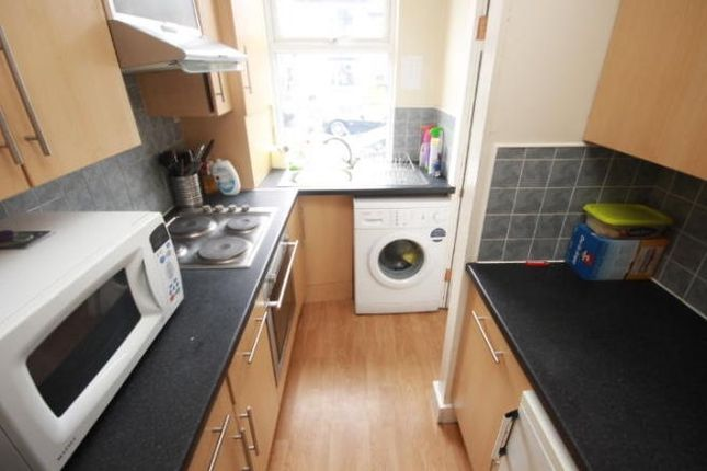 Thumbnail Terraced house to rent in Norman Grove, Leeds