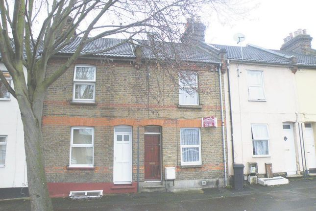 3 bed terraced house for sale in Castle Road, Chatham