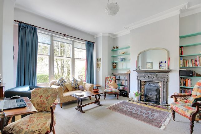 Thumbnail Terraced house for sale in Leaside Avenue, Muswell Hill, London