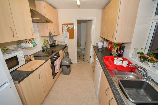 Thumbnail Terraced house to rent in Newland Street West, Lincoln