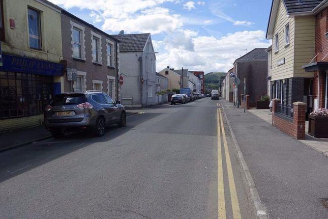 Street Scene of The Ropewalk, Neath, 1Es. SA11