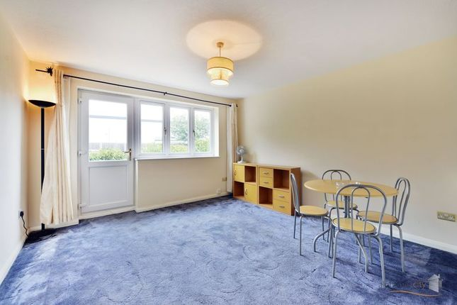 Thumbnail Flat for sale in Ley Street, Ilford