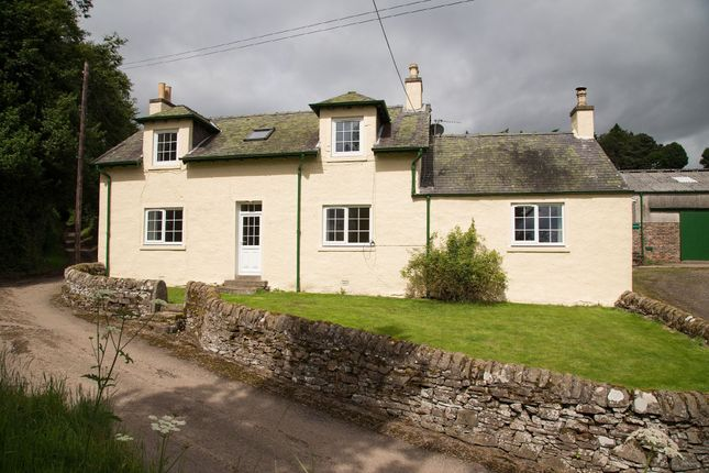 Thumbnail Farmhouse to rent in Lundie, Dundee