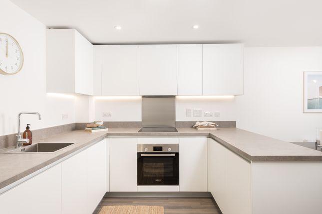 2 bedroom flat for sale in Boyn Valley Road, Maidenhead
