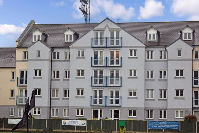 1 bed flat for sale in Strand Court, Chingswell Street, Bideford EX39