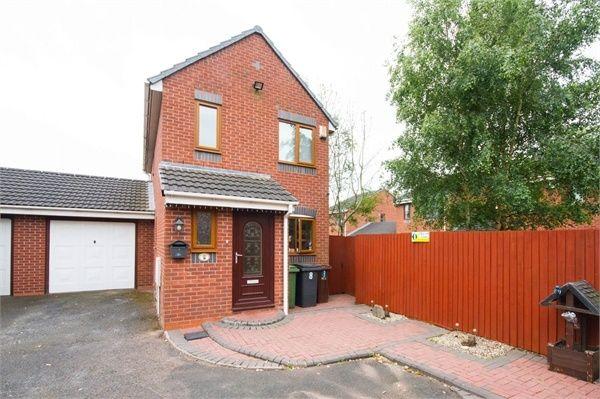 Link-detached house for sale in Primrose Lane, Fallings Park, Wolverhampton, West Midlands